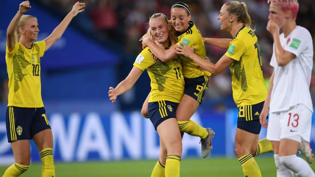Sweden beat Canada