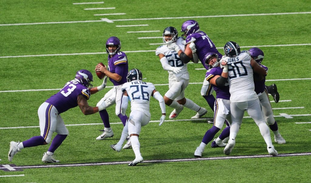 NFL suspends the Titans game following positive tests after Titans-Vikings matchup © Adam Bettcher | Getty Images